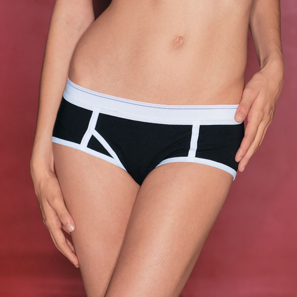 Show off your curves in flirty hipster panties. Browse your favorite colors in this low-cut, hiphugging style.